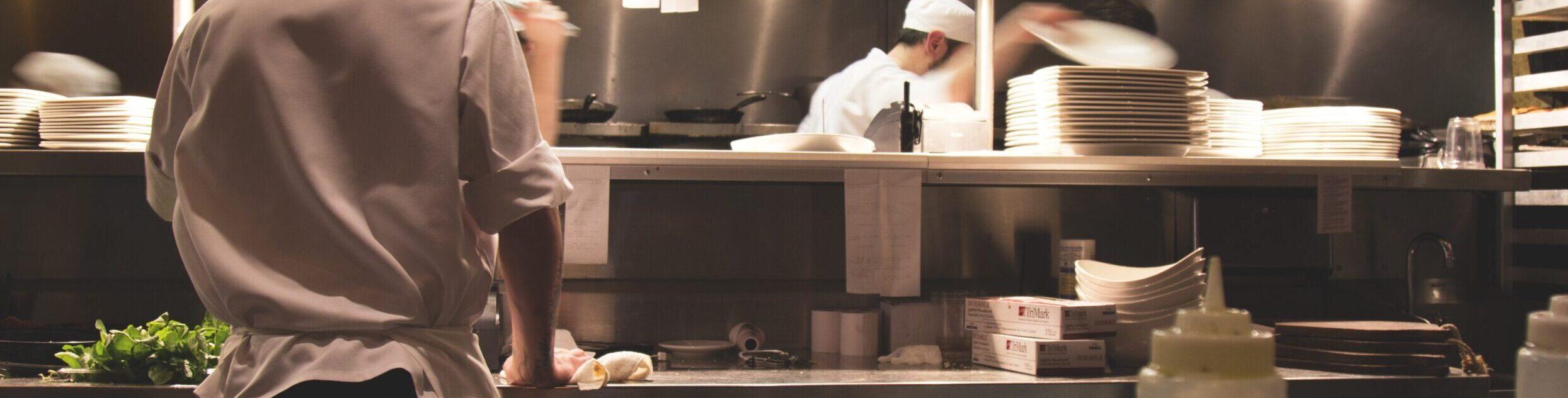 Cozinha de um restaurante ou food service